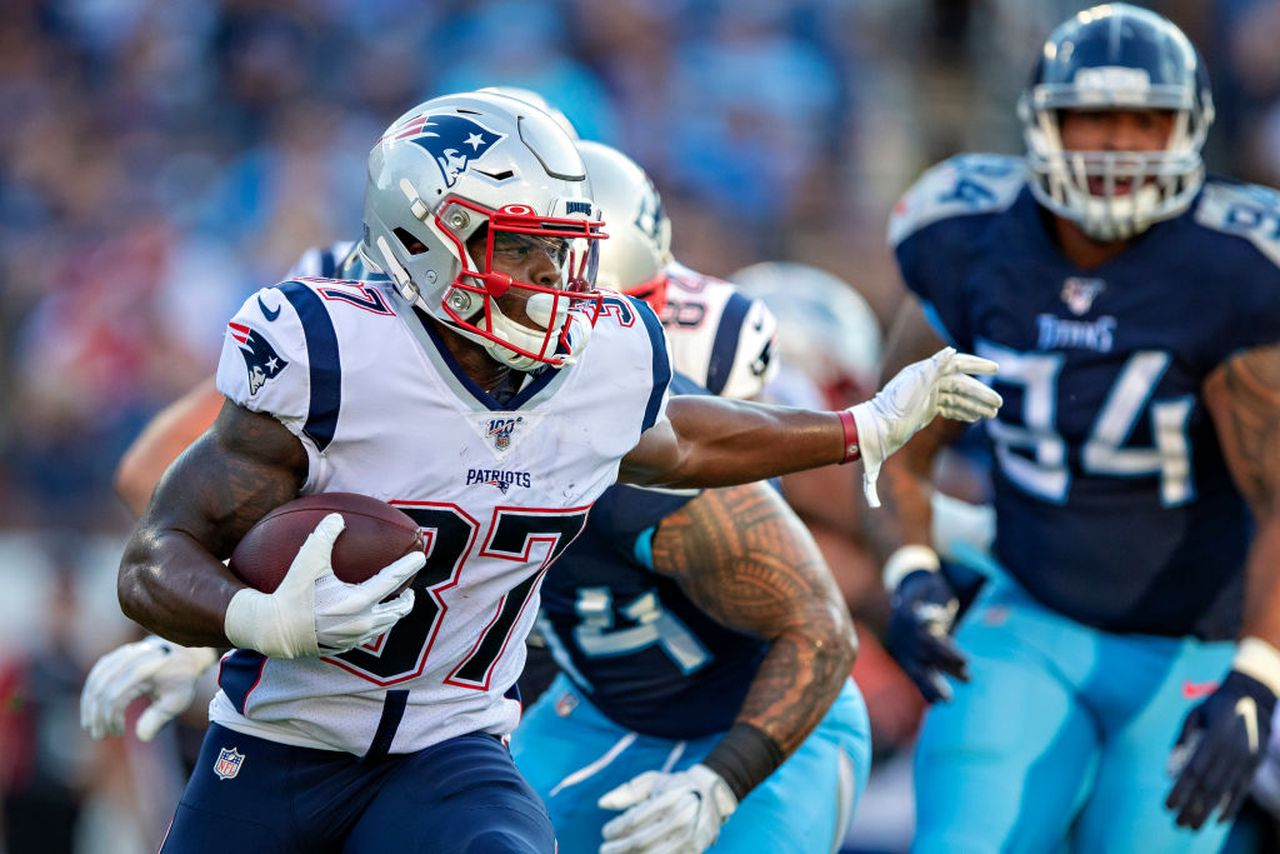 Get Woke And Avoid These Late Round Fantasy Football Sleepers The Touchback
